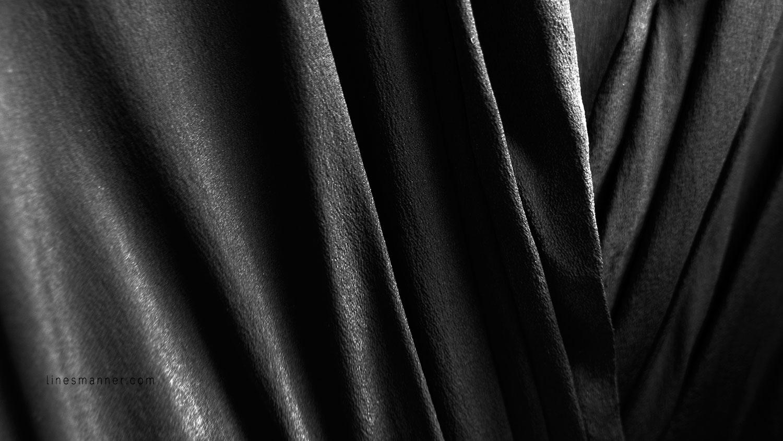 Lines-Manner-Balancing-Black_Silk_Dress-Timeless-Key_Pieces-Key_Staples-Minimal-Monochrome-Details-Quality-Texture-Trend-Style-Fashion-Elegant-Versatile-7