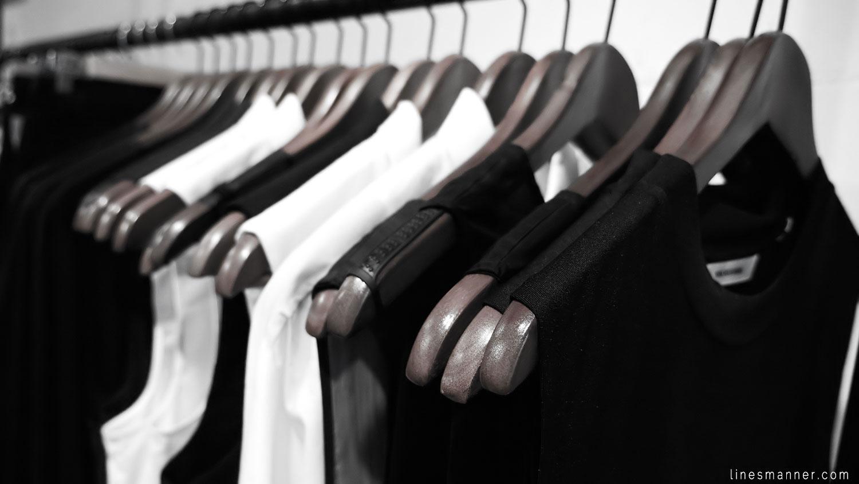 Lines-Manner-Concept-Boutique-Store-Minimal-Trend-Essentials-Basics-Staples-Ibiki-Montreal-Canada-Art-Contemporary-Artistic-Details-Monochrome-Black_and_White-3