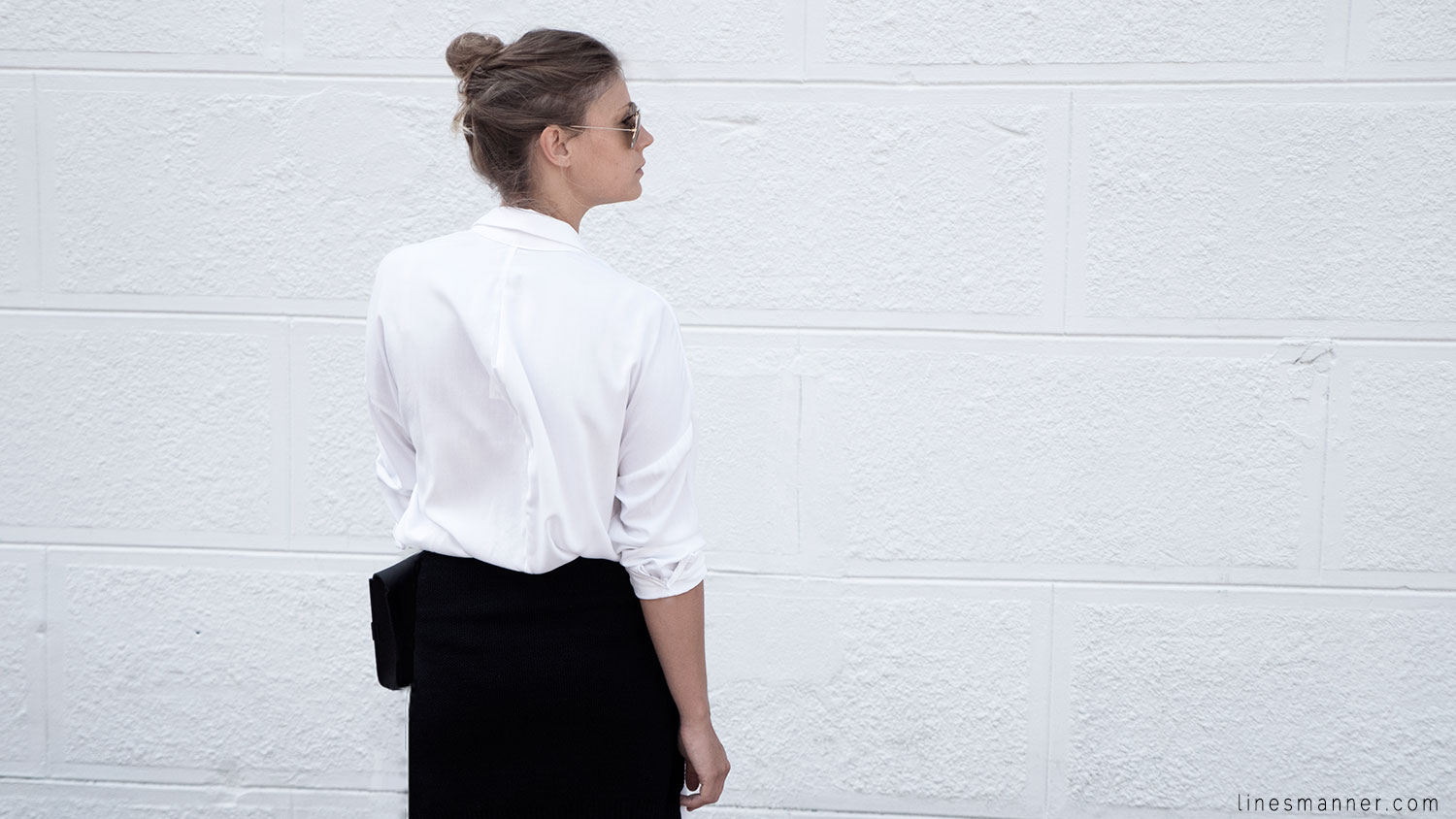 Lines-Manner-Whiteout-Fashion-Minimal-Clean-Fresh-Brigthly-All_White-Monochrome-Immaculate-Trend-Style-Sleek-Slouchy-Details-White_Shirt-Transeasonal-Dressing-Outfit-14