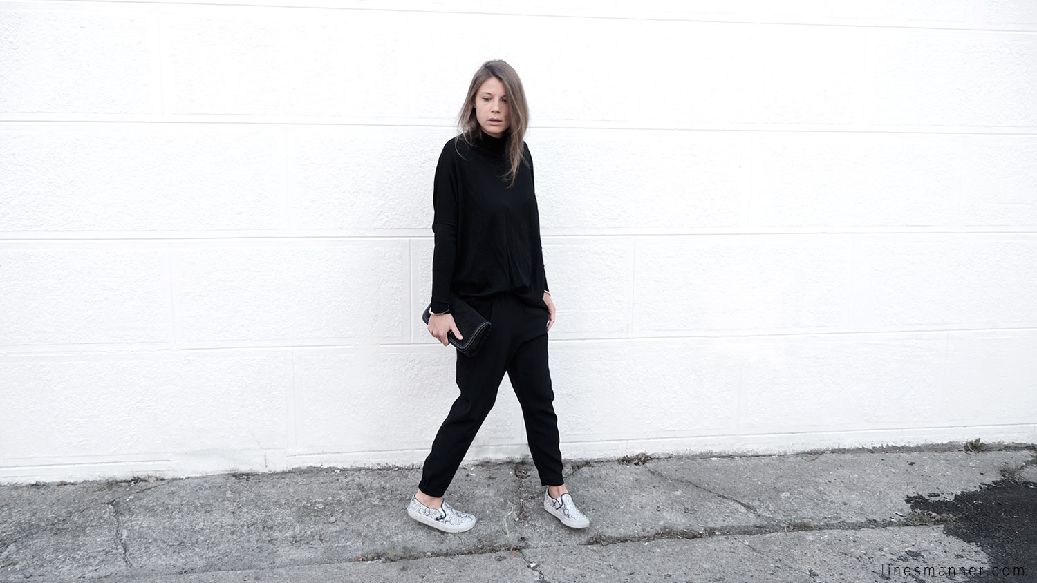 Lines-Manner-Minimalism-Details-Black-All_black_everything-Simplicity-Timeless-Modern-Monochrome-Essential-Basics-Staples_pieces-Outfit-Design-Effortless-7