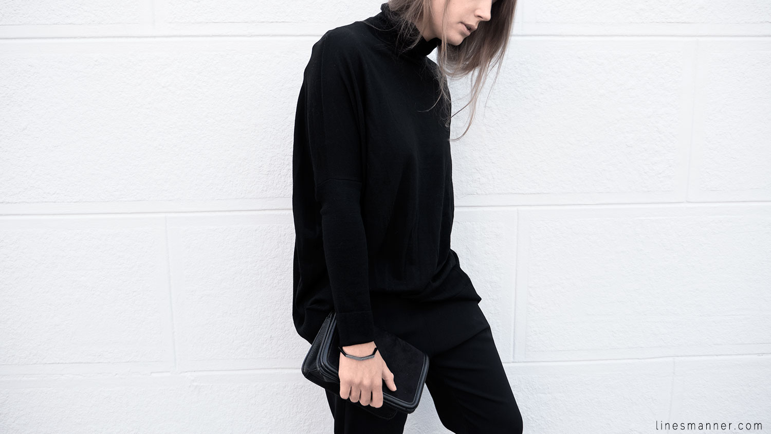 Lines-Manner-Minimalism-Details-Black-All_black_everything-Simplicity-Timeless-Modern-Monochrome-Essential-Basics-Staples_pieces-Outfit-Design-Effortless-5