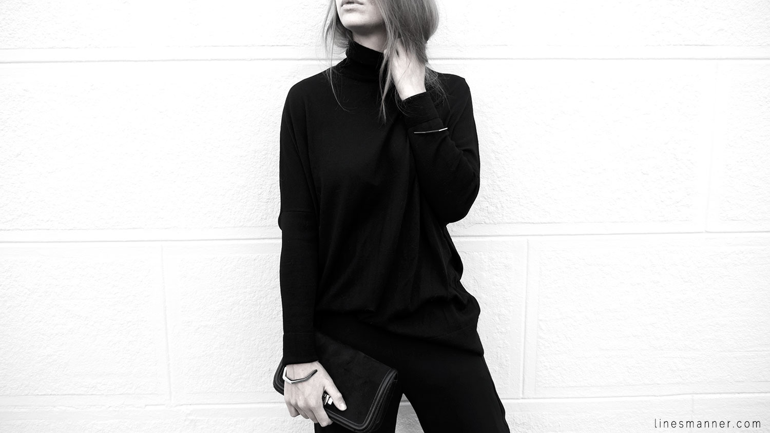 Lines-Manner-Minimalism-Details-Black-All_black_everything-Simplicity-Timeless-Modern-Monochrome-Essential-Basics-Staples_pieces-Outfit-Design-Effortless-9
