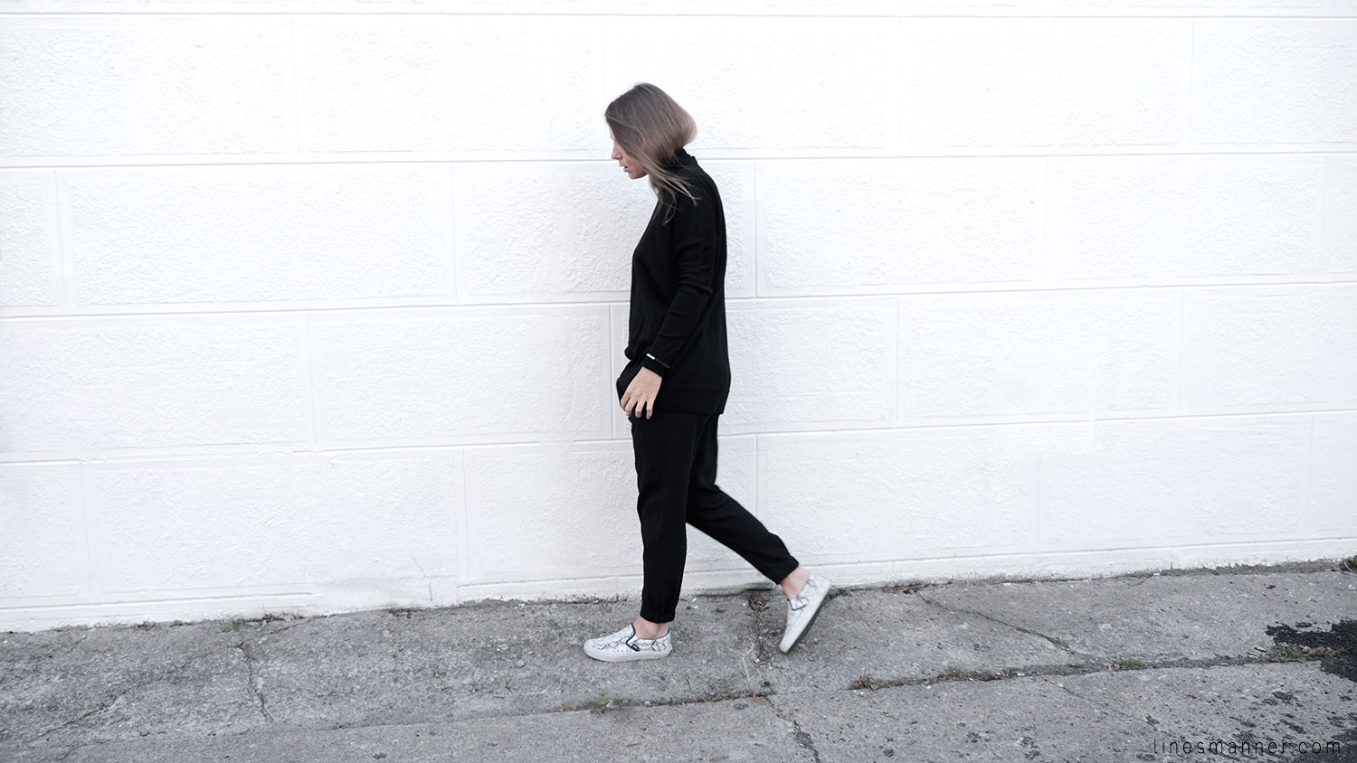 Lines-Manner-Minimalism-Details-Black-All_black_everything-Simplicity-Timeless-Modern-Monochrome-Essential-Basics-Staples_pieces-Outfit-Design-Effortless-3