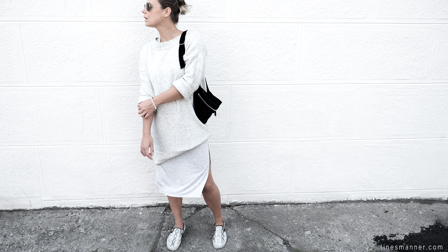 Lines-Manner-Fashion-Collaboration-The_Demeler-Monochrome-Grey_on_Grey-Fresh-Brightly-Outfit-Simplicity-Details-Trend-Minimalist-Flowy-Layering-Sleeves-Sweater_Dress-18