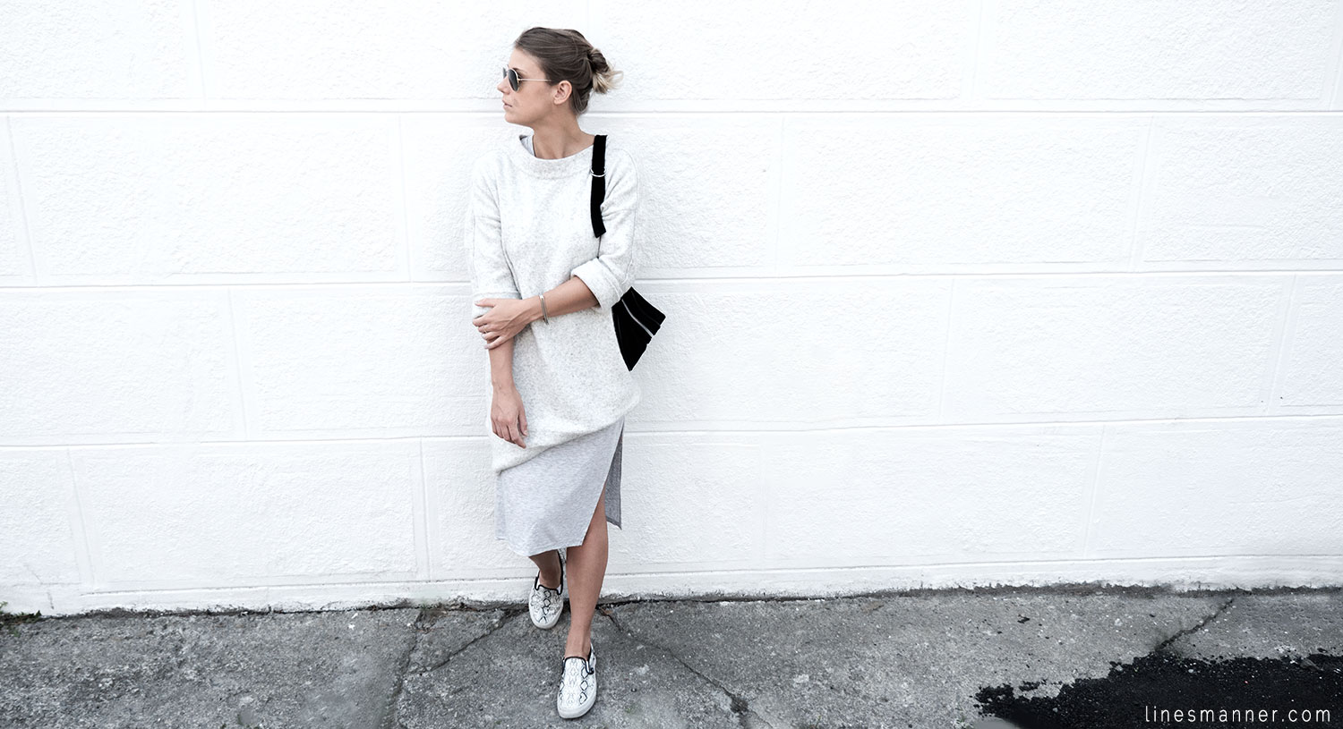 Lines-Manner-Fashion-Collaboration-The_Demeler-Monochrome-Grey_on_Grey-Fresh-Brightly-Outfit-Simplicity-Details-Trend-Minimalist-Flowy-Layering-Sleeves-Sweater_Dress-20