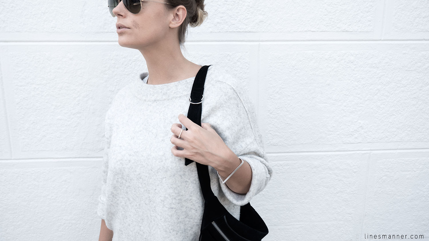 Lines-Manner-Fashion-Collaboration-The_Demeler-Monochrome-Grey_on_Grey-Fresh-Brightly-Outfit-Simplicity-Details-Trend-Minimalist-Flowy-Layering-Sleeves-Sweater_Dress-22