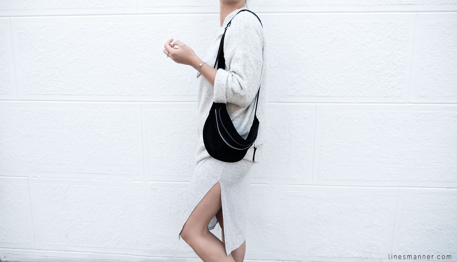Lines-Manner-Fashion-Collaboration-The_Demeler-Monochrome-Grey_on_Grey-Fresh-Brightly-Outfit-Simplicity-Details-Trend-Minimalist-Flowy-Layering-Sleeves-Sweater_Dress-3