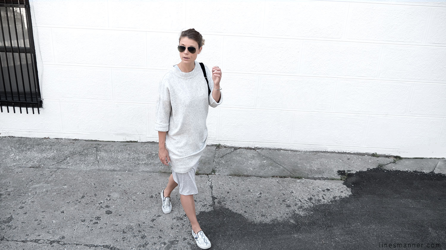 Lines-Manner-Fashion-Collaboration-The_Demeler-Monochrome-Grey_on_Grey-Fresh-Brightly-Outfit-Simplicity-Details-Trend-Minimalist-Flowy-Layering-Sleeves-Sweater_Dress-12