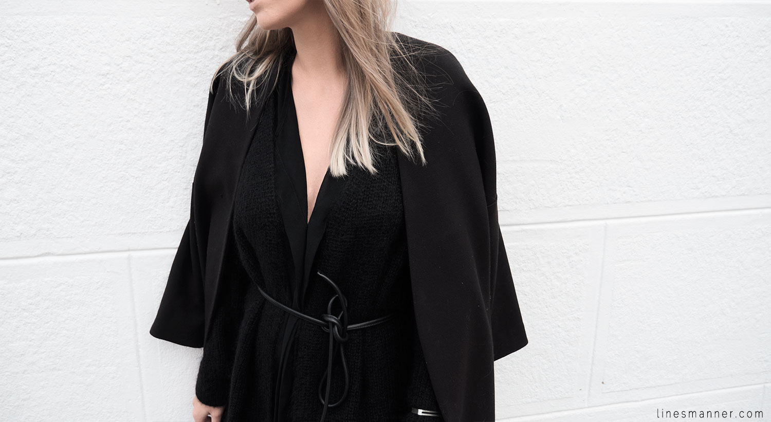 Lines-Manner-Timeless-Comfort-Essentials-Monochrome-Trend-Minimal-Textures-Oversized-Warm-Fall-Leather-Details-Simplicity-Modern-Basics-Outfit-Structure-9