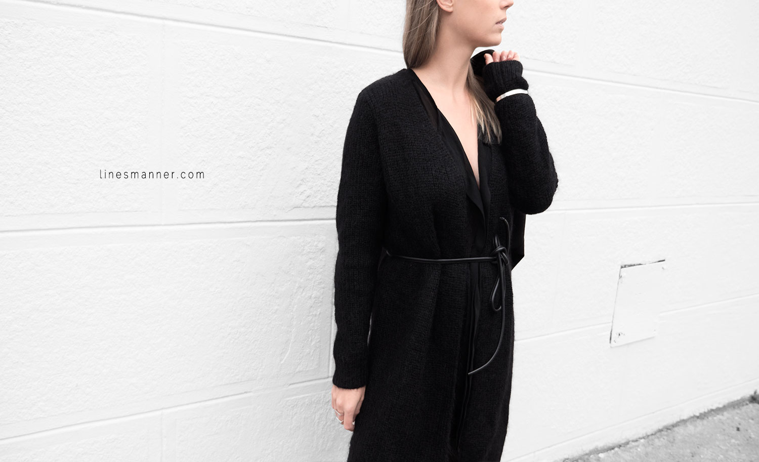 Lines-Manner-Timeless-Comfort-Essentials-Monochrome-Trend-Minimal-Textures-Oversized-Warm-Fall-Leather-Details-Simplicity-Modern-Basics-Outfit-Structure-10