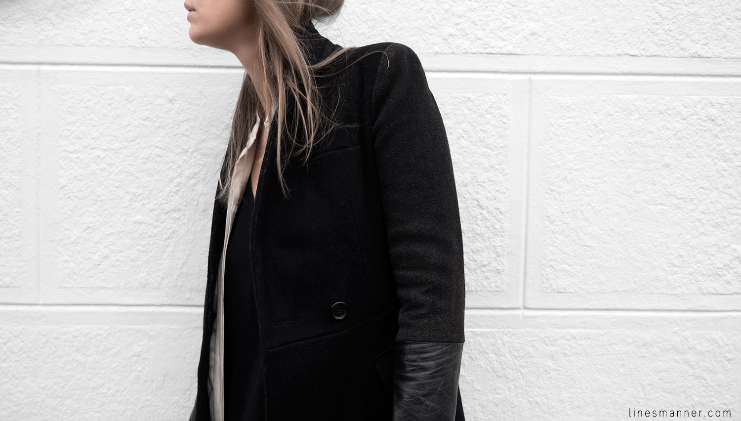 Lines-Manner-Timeless-Comfort-Essentials-Monochrome-Trend-Minimal-Textures-Fall-Leather-Details-Simplicity-Modern-Basics-Outfit-Structure-Relaxed-Leather-Luxurious-Sophistication-13