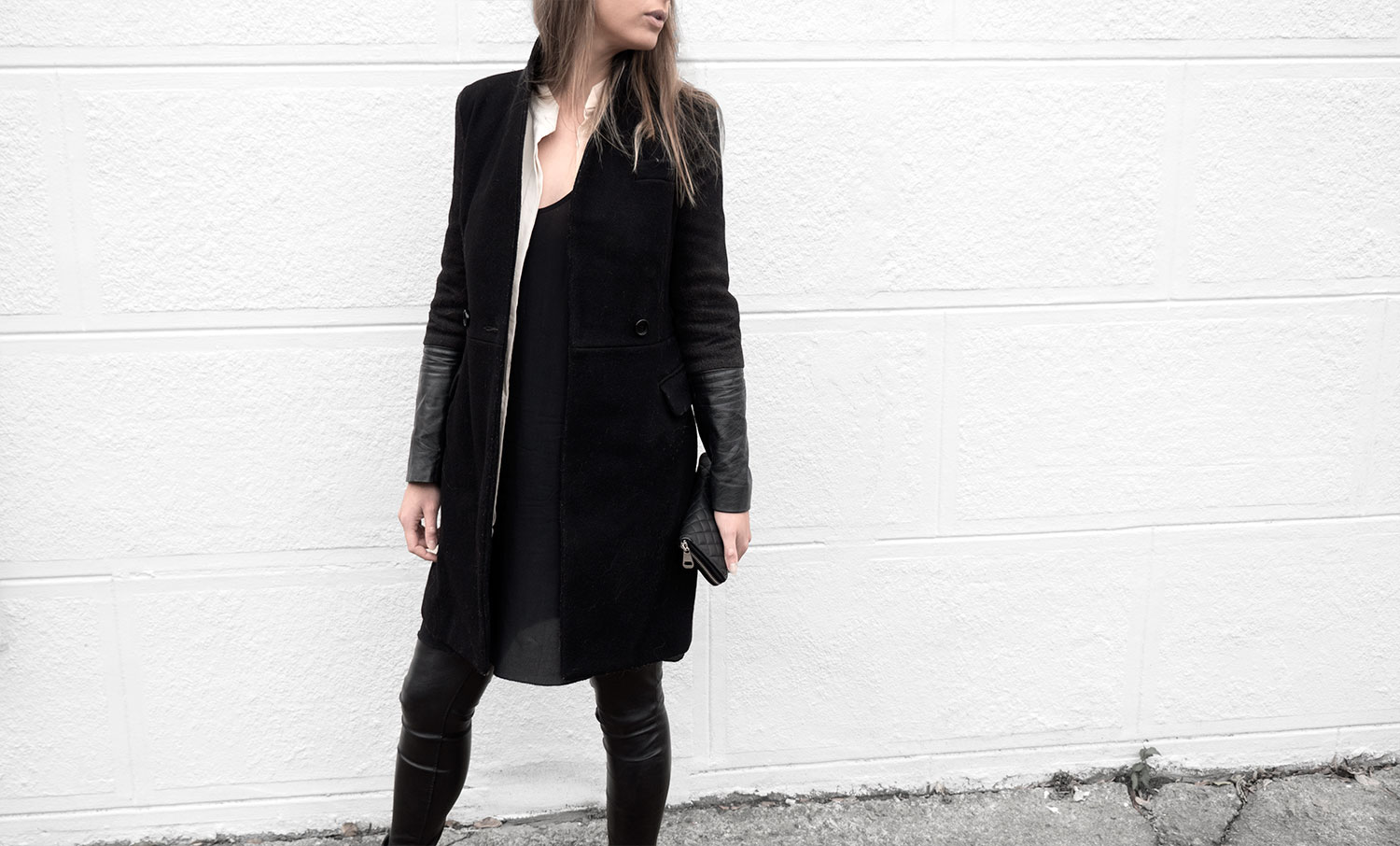 Lines-Manner-Timeless-Comfort-Essentials-Monochrome-Trend-Minimal-Textures-Fall-Leather-Details-Simplicity-Modern-Basics-Outfit-Structure-Relaxed-Leather-Luxurious-Sophistication-4