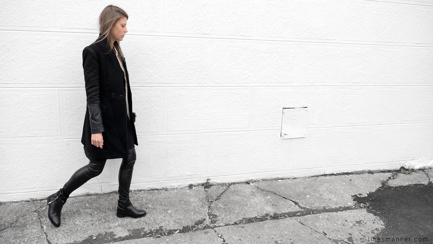 Lines-Manner-Timeless-Comfort-Essentials-Monochrome-Trend-Minimal-Textures-Fall-Leather-Details-Simplicity-Modern-Basics-Outfit-Structure-Relaxed-Leather-Luxurious-Sophistication-6