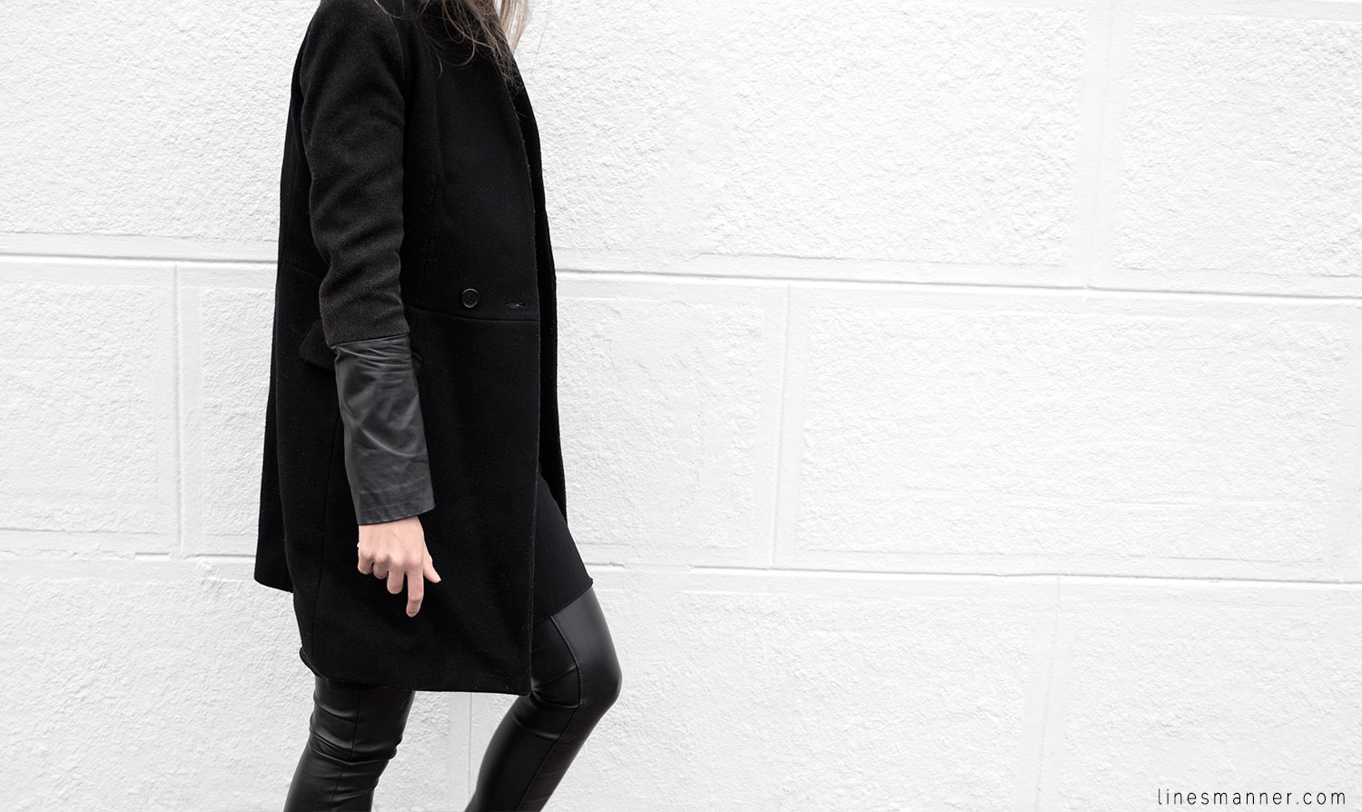 Lines-Manner-Timeless-Comfort-Essentials-Monochrome-Trend-Minimal-Textures-Fall-Leather-Details-Simplicity-Modern-Basics-Outfit-Structure-Relaxed-Leather-Luxurious-Sophistication-10