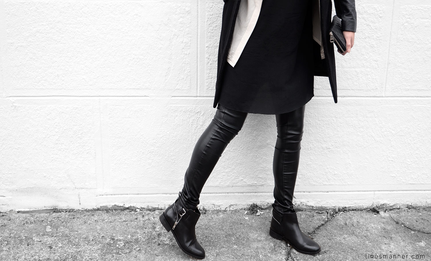 Lines-Manner-Timeless-Comfort-Essentials-Monochrome-Trend-Minimal-Textures-Fall-Leather-Details-Simplicity-Modern-Basics-Outfit-Structure-Relaxed-Leather-Luxurious-Sophistication-15