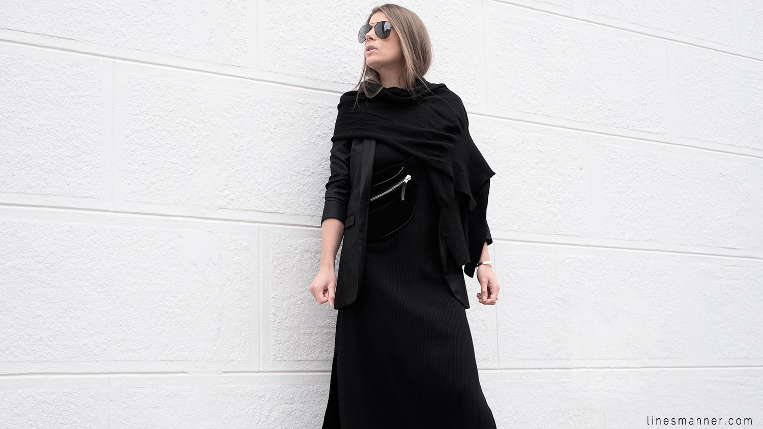 Lines-Manner-Black-Relaxed-Tone_on_Tone-Monochrome-Minimal-Sophistication-Comfort-Modern-Simplicity-Casual-Sporty_Luxe-Slit_Dress-Thrid_Form-Blazer-Essentials-Details-Basics-Timeless-Verstatile-Staple-Wardrobe-Sleek-Clean_Lines-All_Black_Everything-7