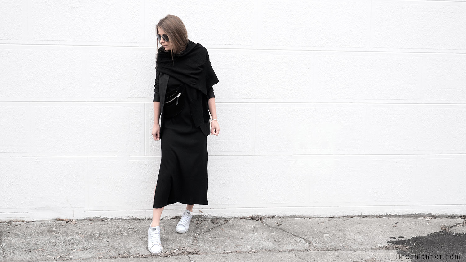 Lines-Manner-Black-Relaxed-Tone_on_Tone-Monochrome-Minimal-Sophistication-Comfort-Modern-Simplicity-Casual-Sporty_Luxe-Slit_Dress-Thrid_Form-Blazer-Essentials-Details-Basics-Timeless-Verstatile-Staple-Wardrobe-Sleek-Clean_Lines-All_Black_Everything-2