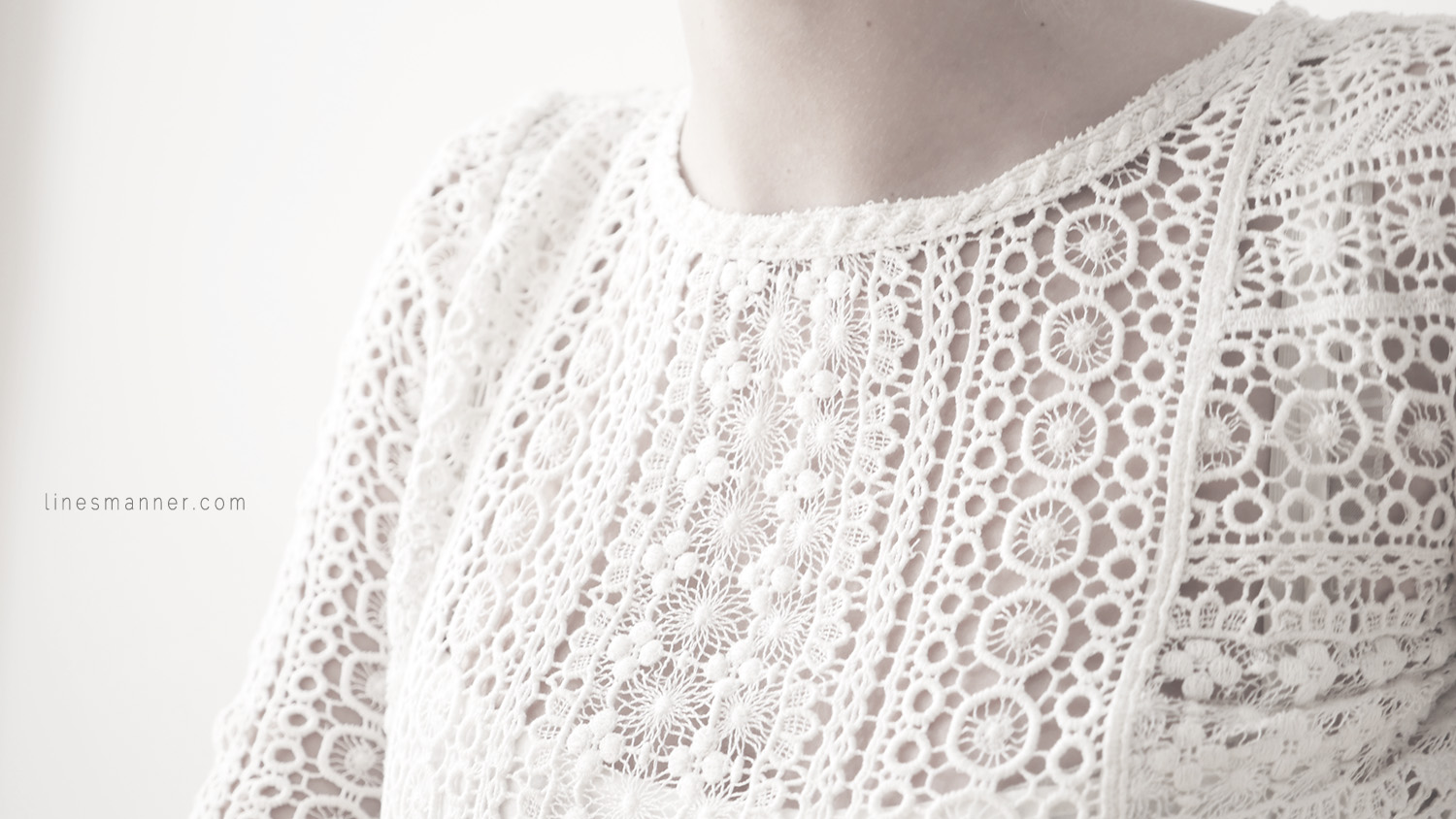 Lines-Manner-Remind-2015-Minimal-Essential-Outfit-Inspiration-Blog-Timeless-Year-Seasons-Details-Travel-Fashion-Versatile-Clean-Sleek-Quality-17