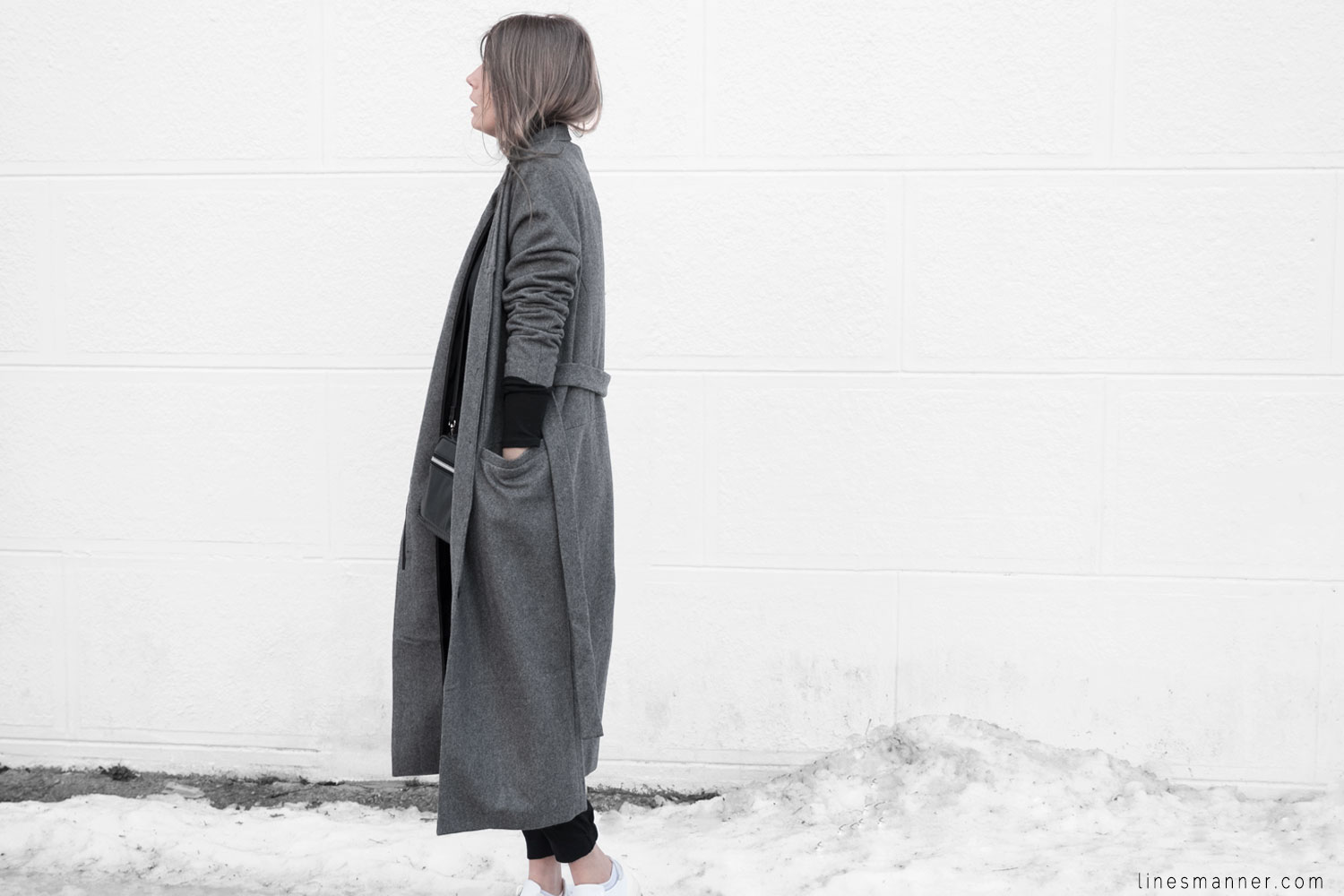 Lines-Manner-Simplicity-Neutral-Palette-Functional-Versatile-Timeless-Grey-Winter_Coat-Details-Essentials-Minimal-Basics-5