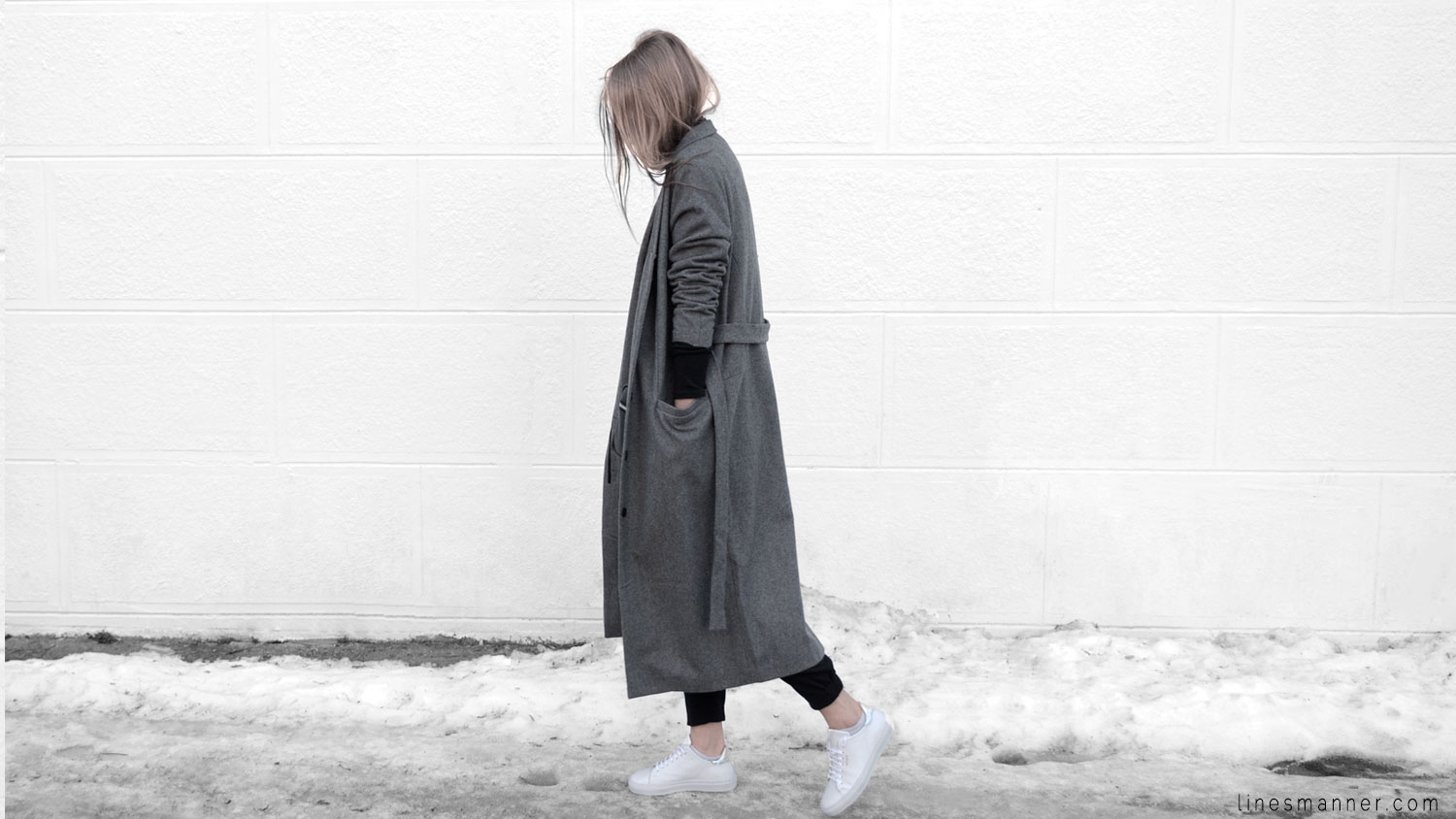 Lines-Manner-Simplicity-Neutral-Palette-Functional-Versatile-Timeless-Grey-Winter_Coat-Details-Essentials-Minimal-Basics-1