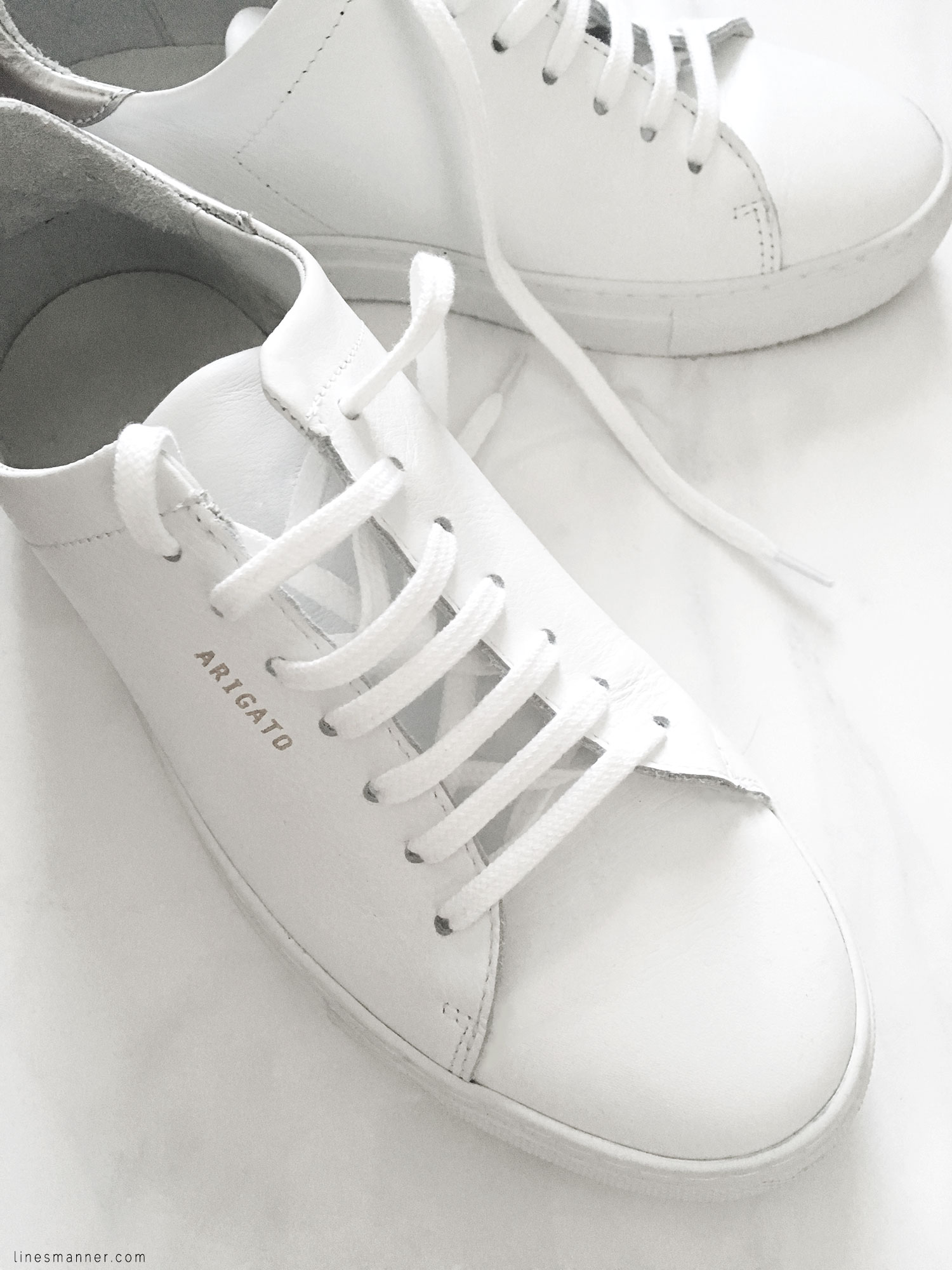 Lines-Manner-Minimal-Axel_Arigato-Sneakers-White-Essentials-Comfort-Luxe-Sporty-Edgy-Timeless-5
