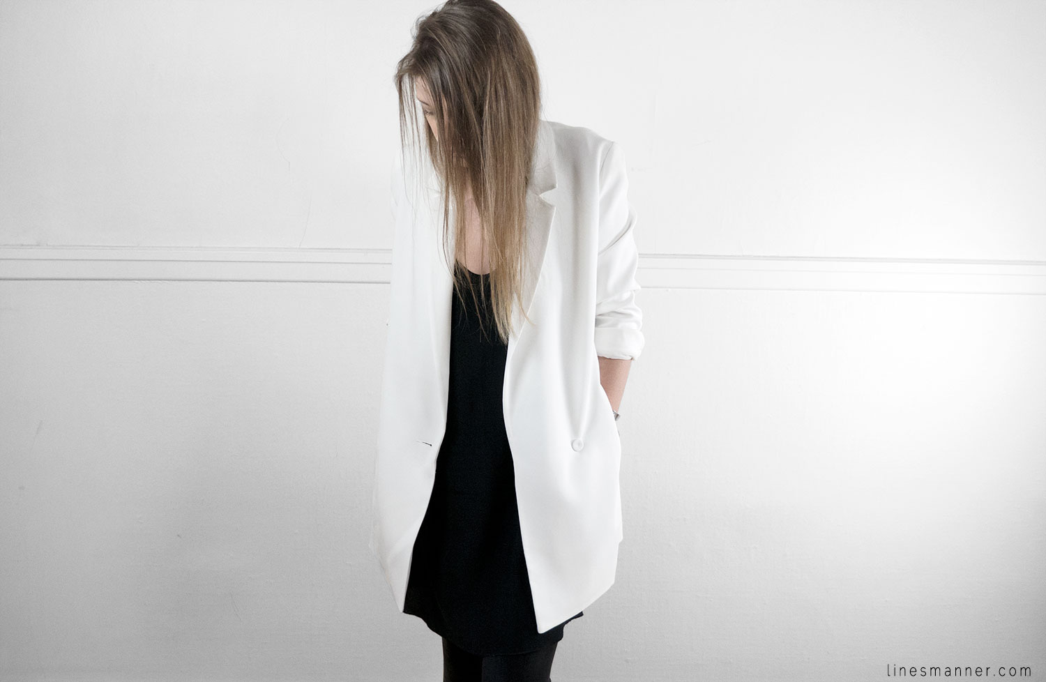 Lines-Manner-Minimal-White-Blazer-Quality-Essential-Brightly-Fresh-Sophistication-Staple-Classics-2