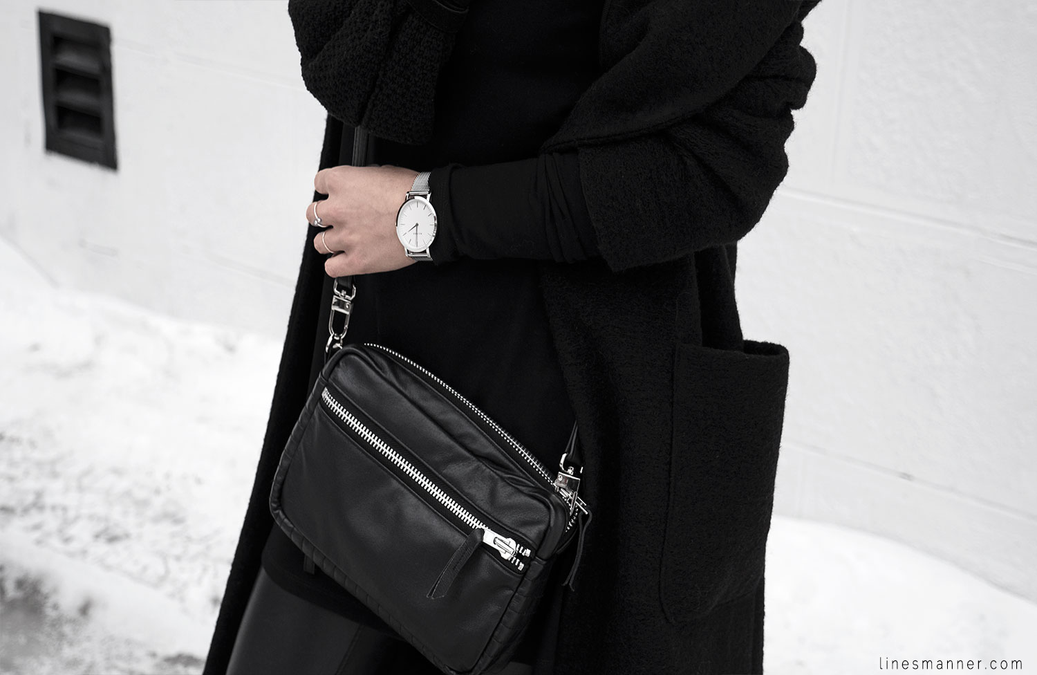 Lines-Manner-All_black_everything-monochrome-essentials-oversize-fit-textures-minimal-details-basics-staples-kayering-bundled-enveloped-silver-leather-8