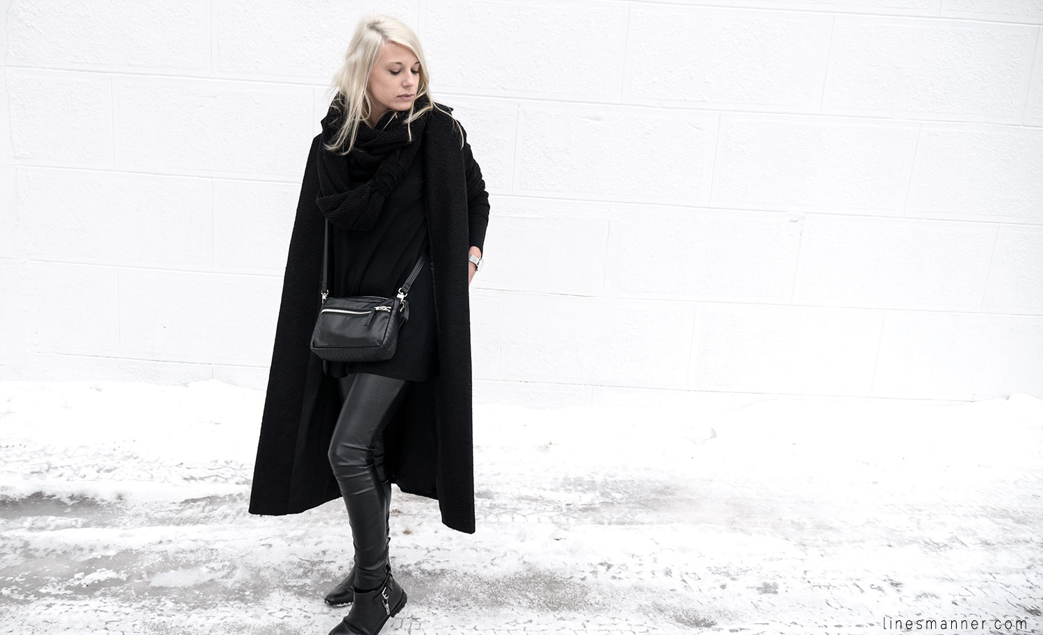Lines-Manner-All_black_everything-monochrome-essentials-oversize-fit-textures-minimal-details-basics-staples-kayering-bundled-enveloped-silver-leather-20