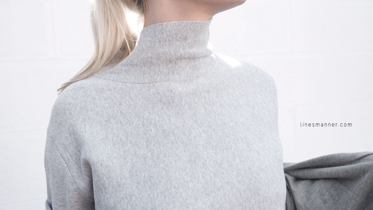 Lines-Manner-Outfit-Grey_on_grey-All_grey-Simplicty-Relaxed-Casual-Textures-Essential-Details-Staples-Minimal-Knit-Cardigan-Coisa-Layering-1