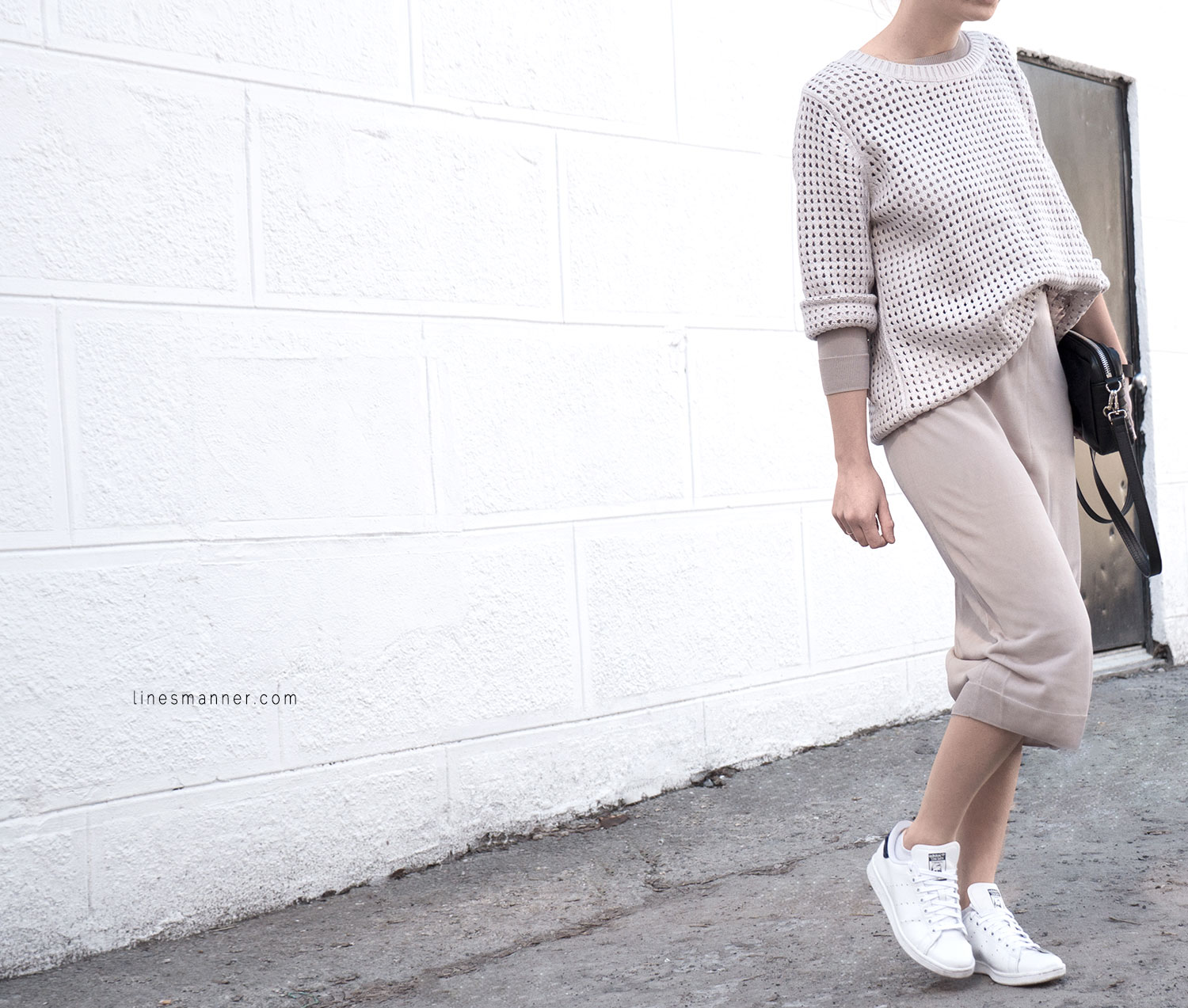 Lines-Manner-Tonal-Shades-Neutrals-Undertones-Essentials-Details-Elegant-Casual-Knit-Maxi_dress-Beige-Cream-Nude-Dimension-Skin-COS-Light-8