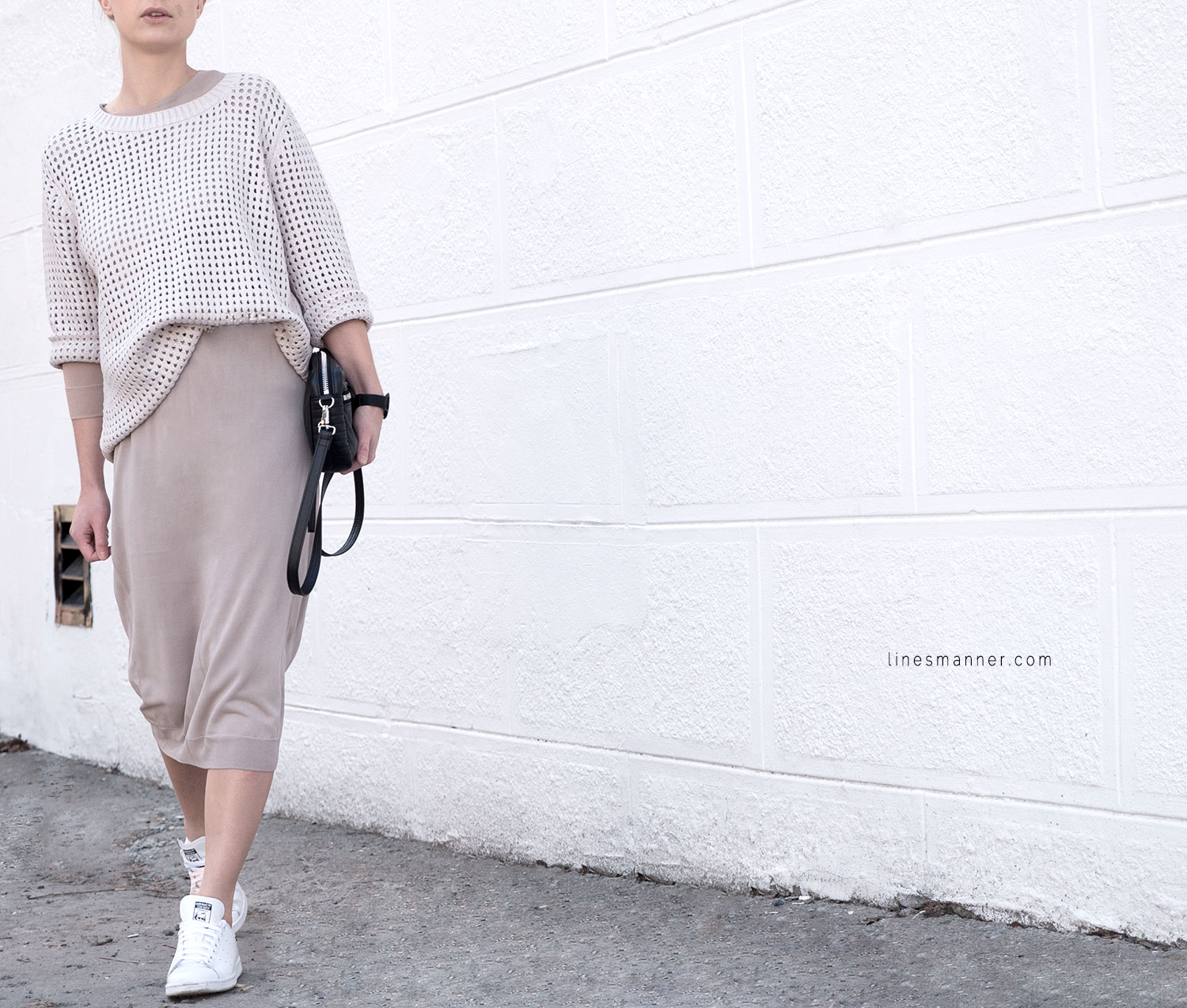 Lines-Manner-Tonal-Shades-Neutrals-Undertones-Essentials-Details-Elegant-Casual-Knit-Maxi_dress-Beige-Cream-Nude-Dimension-Skin-COS-Light-4