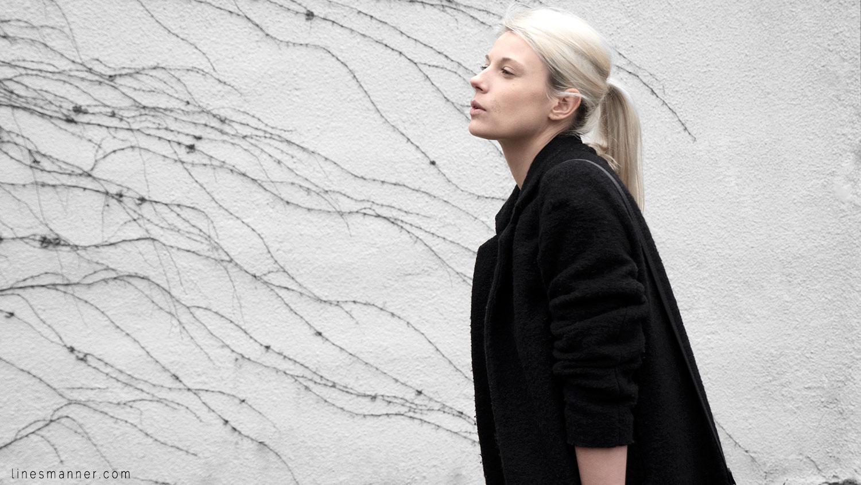 All_black_everything-monochrome-essentials-oversize-fit-textures-minimal-details-basics-staples-layering-feminine-masculine-1