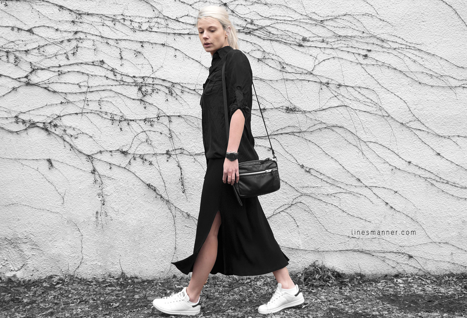 All_black_everything-monochrome-essentials-oversize-fit-textures-minimal-details-basics-staples-layering-feminine-masculine-2