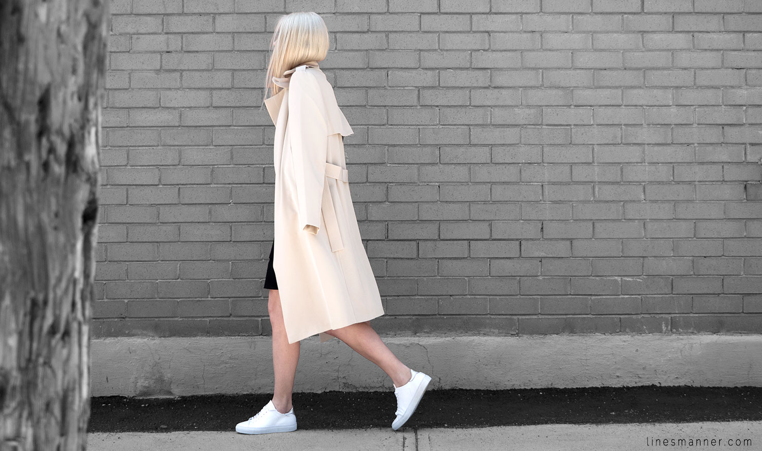 Lines-Manner-Trench-Minimal-Outfits-Fashion-Essentials-Classics-Timeless-Versatile-Details-Hues-Nonchalance-Elegance-Casual-Effortless-12