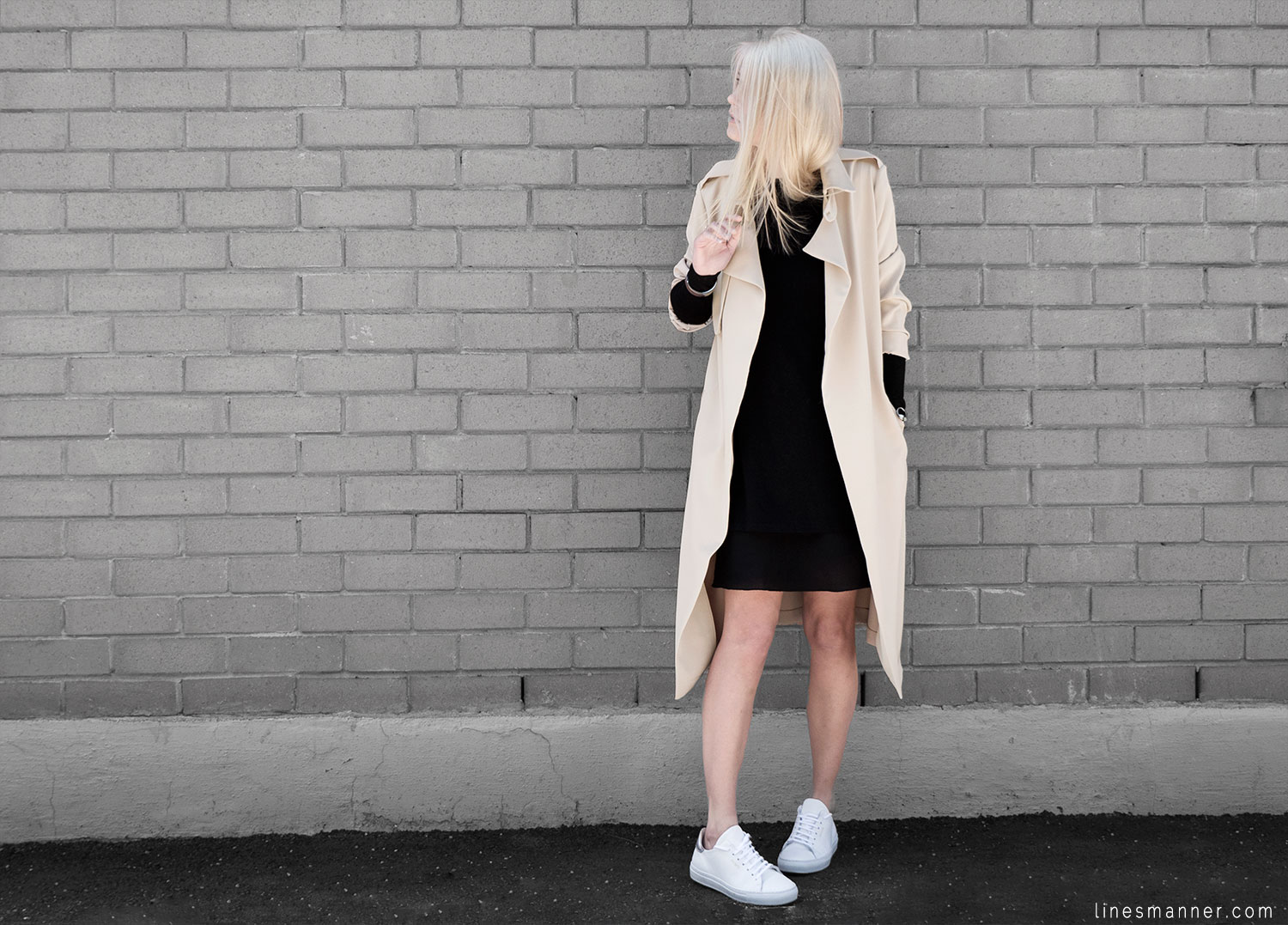 Lines-Manner-Trench-Minimal-Outfits-Fashion-Essentials-Classics-Timeless-Versatile-Details-Hues-Nonchalance-Elegance-Casual-Effortless-6