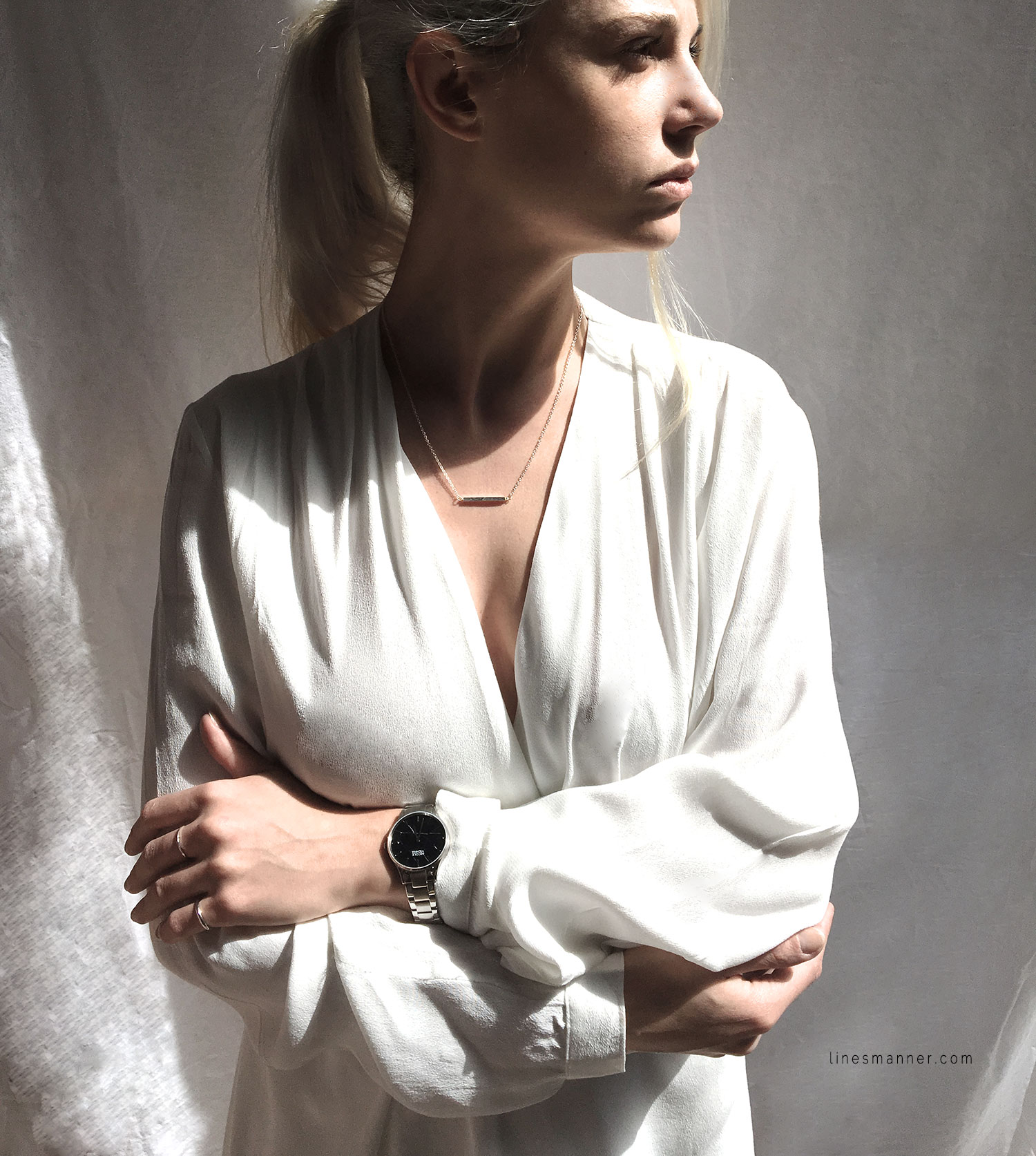 Lines-Manner-Bright-Whiteout-Essentials-Slouchy-Fresh-Clean-All_White-Details-Minimal-Outfit-Dress-Thridorm-A_Weathered_Penny_Nicole_Vienna-Simplicity-3