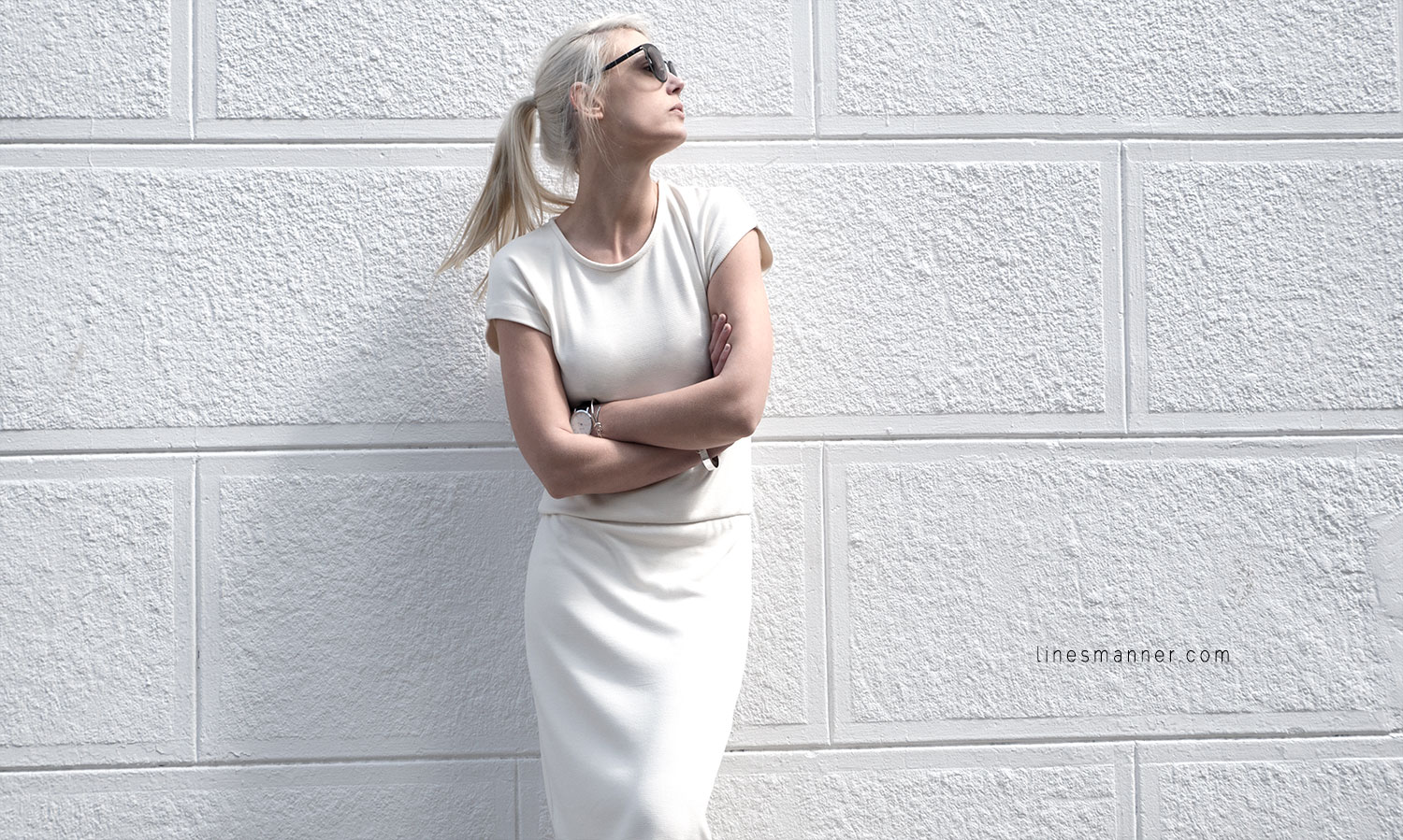 Lines-Manner-Whiteout-Fashion-Outfit-White-Bright-Simplicity-Elegance-Effortless-Anecdote-Degree_Seven-Quality-Summer-Minimal-Essential-Modern-Sleek-Details-1