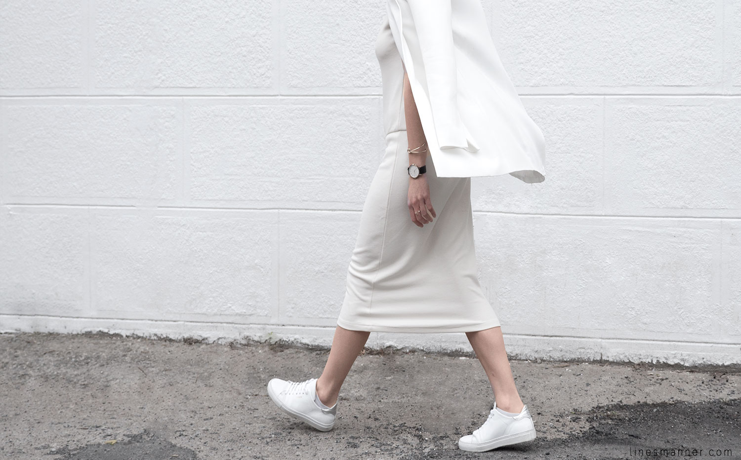 Lines-Manner-Whiteout-Fashion-Outfit-White-Bright-Simplicity-Elegance-Effortless-Anecdote-Degree_Seven-Quality-Summer-Minimal-Essential-Modern-Sleek-Details-5