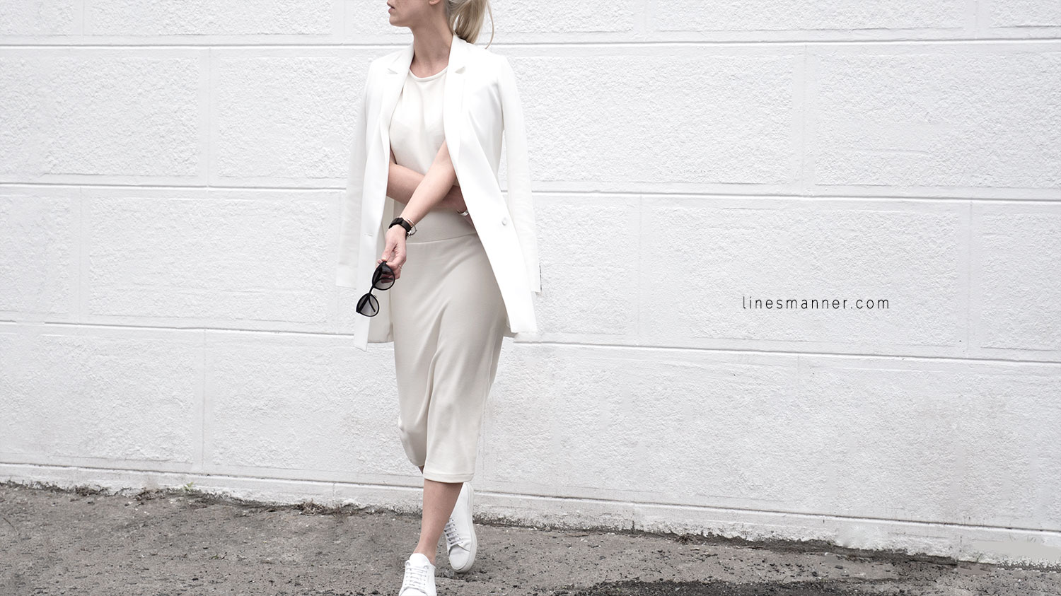 Lines-Manner-Whiteout-Fashion-Outfit-White-Bright-Simplicity-Elegance-Effortless-Anecdote-Degree_Seven-Quality-Summer-Minimal-Essential-Modern-Sleek-Details-6