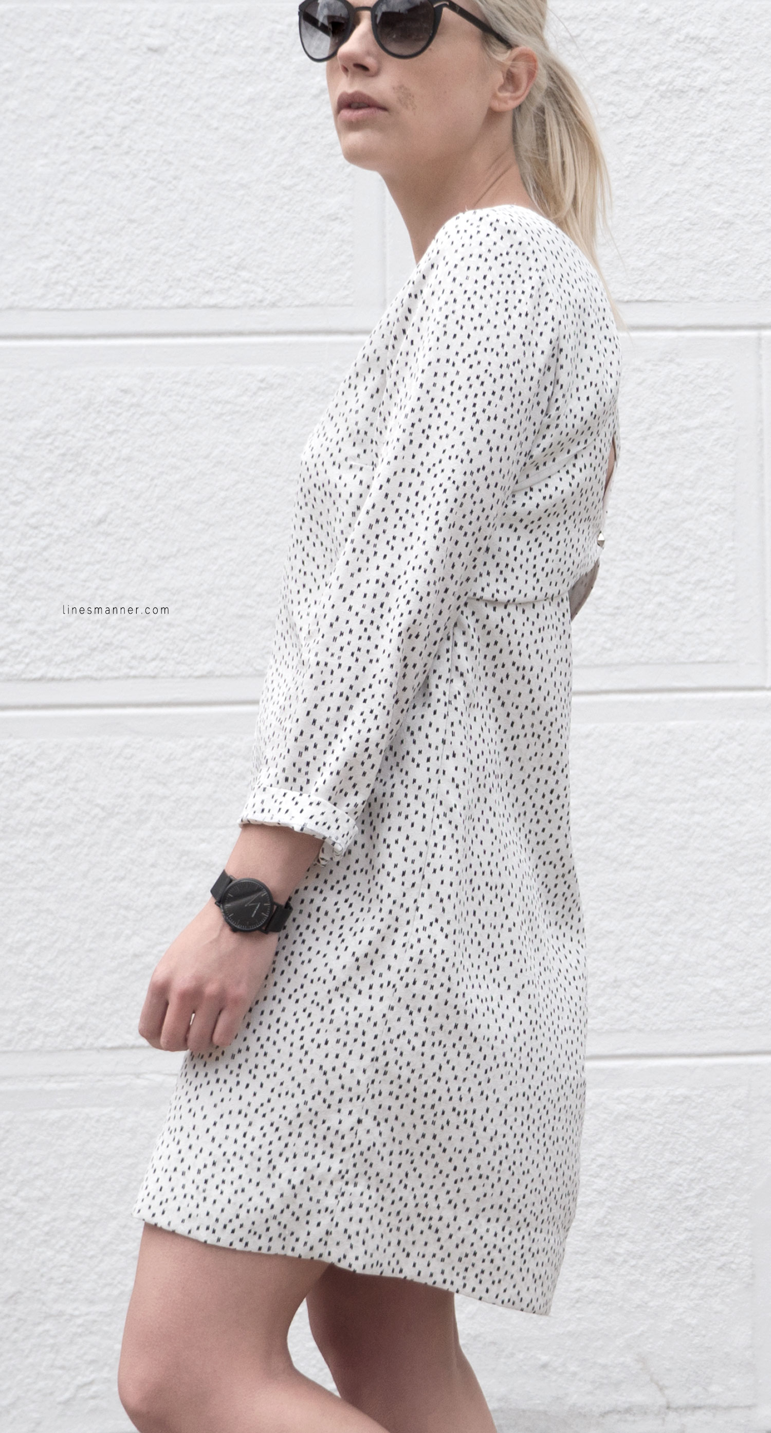 Lines-Manner-Minimal-Oldies-Dress-Sandro-Timeless-Design-Black_and_White-Details-Simplicity-Essential-Summer-Print-Quality-Wardrobe-7