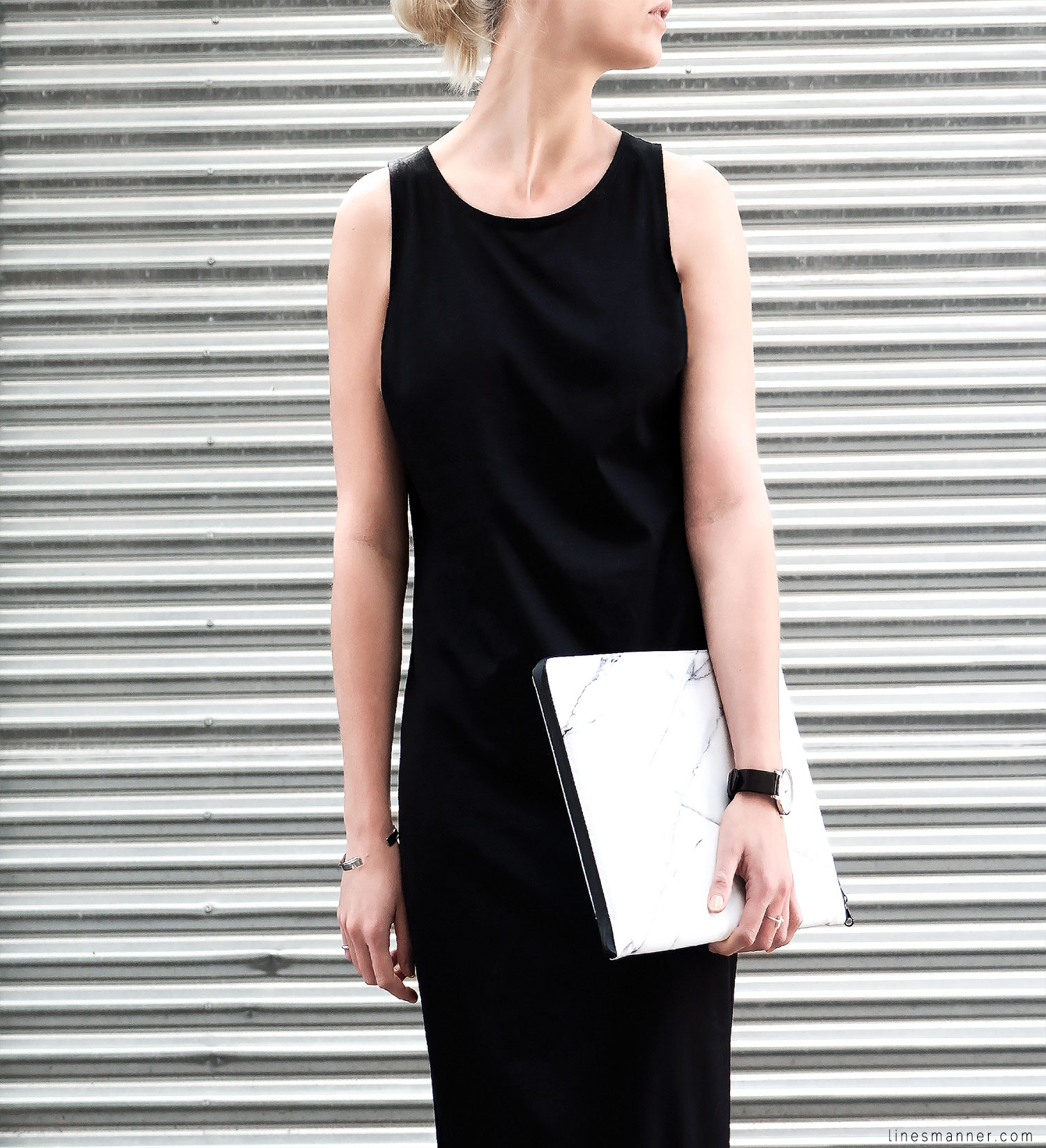 Lines-Manner-Minimal-Clean-Simplicity-Slide_Slit_Dress-Organic_Cotton-Rada_Studio_Essentials-Marble-Details-Outfit-Fashion-Monochrome-Timeless-Modern-Handmade-2