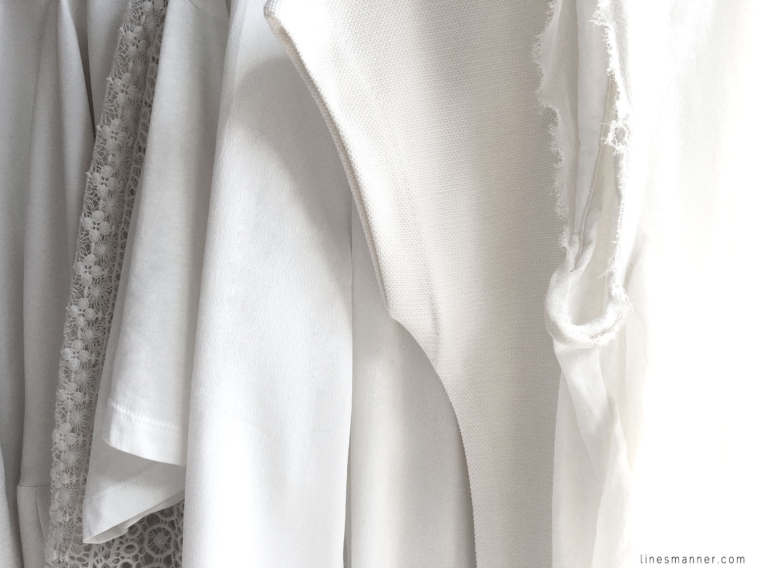 Lines-Manner-Immaculate-Whiteout-White-Off_White-Design-Structure-Clean-Fresh-Sleek-Fashion-Minimal-Wardrobe-Details-Pure-Simplicity-4