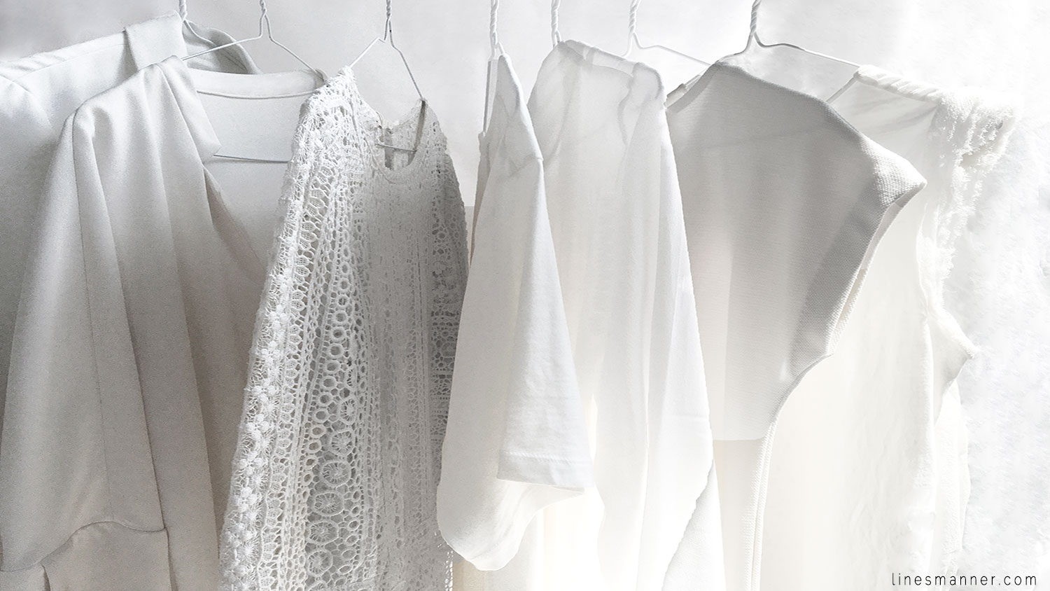 Lines-Manner-Immaculate-Whiteout-White-Off_White-Design-Structure-Clean-Fresh-Sleek-Fashion-Minimal-Wardrobe-Details-Pure-Simplicity-1