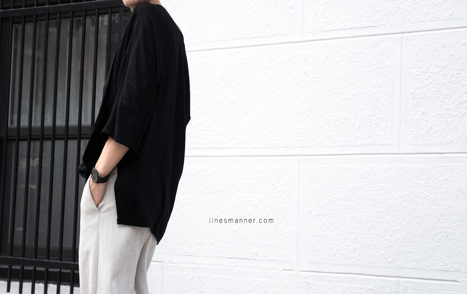 Lines-Manner-Modern-Minimal-Effortless-Casual-Wide_Leg_Culotte-Coidlyn_Wight-Draped-Coton-Linen-Sustainable-Slow_Fashion-Neutrals-Structure-Volume-Fluid-Simplicity-Details-2