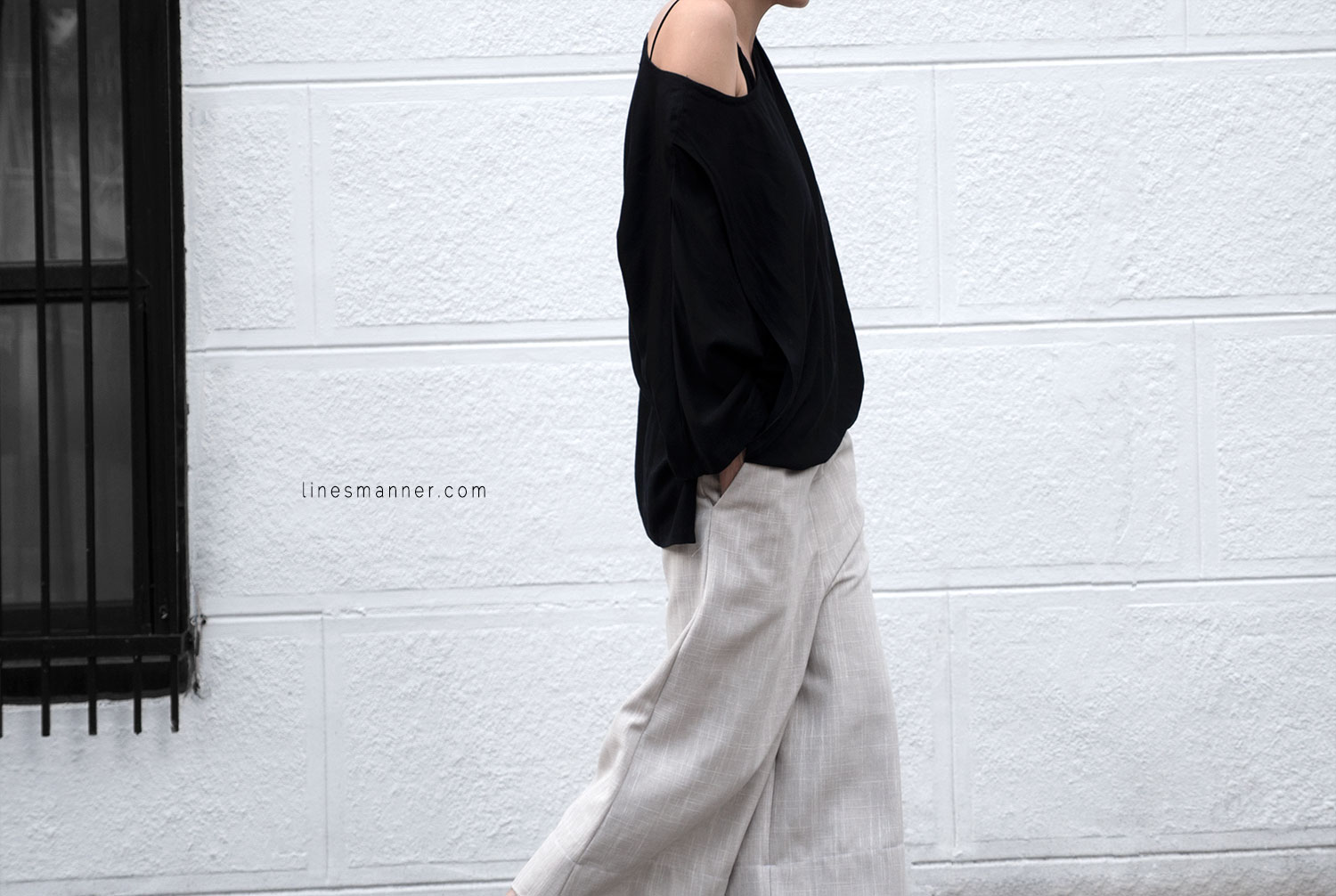 Lines-Manner-Modern-Minimal-Effortless-Casual-Wide_Leg_Culotte-Coidlyn_Wight-Draped-Coton-Linen-Sustainable-Slow_Fashion-Neutrals-Structure-Volume-Fluid-Simplicity-Details-6