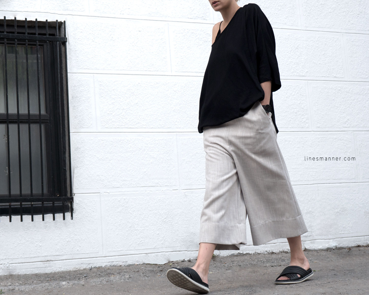 Lines-Manner-Modern-Minimal-Effortless-Casual-Wide_Leg_Culotte-Coidlyn_Wight-Draped-Coton-Linen-Sustainable-Slow_Fashion-Neutrals-Structure-Volume-Fluid-Simplicity-Details-11