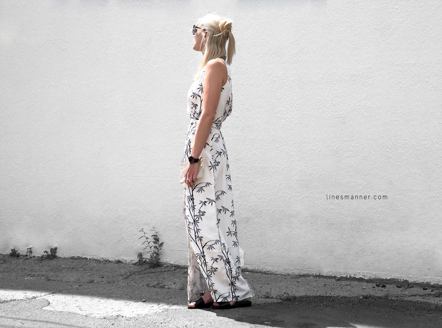Lines-Manner-Minimal-Simplicity-Essentials-Bon_Label-Neon_Rose_Print-Bamboo-Slit_Dress-Wrap_Dress-Maxi_Dress-Fesh-Black_and_White-Casual-Elegant-Bright-Monochrome-11