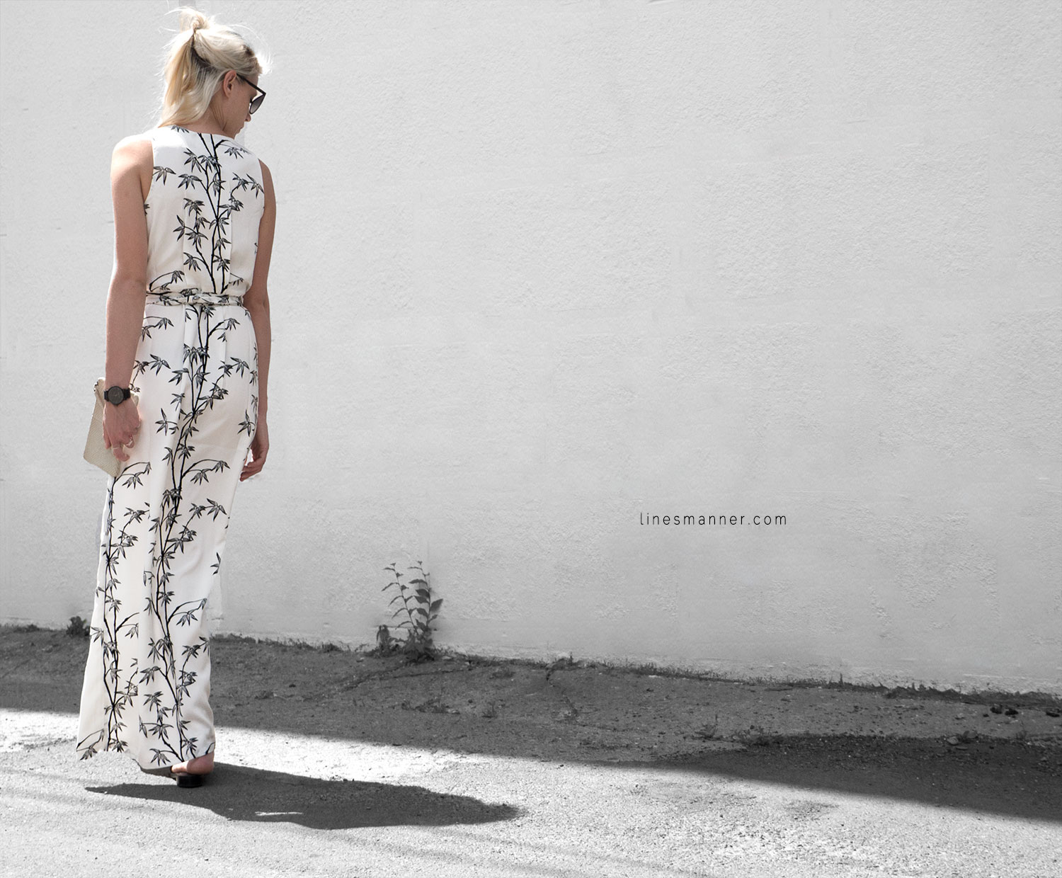 Lines-Manner-Minimal-Simplicity-Essentials-Bon_Label-Neon_Rose_Print-Bamboo-Slit_Dress-Wrap_Dress-Maxi_Dress-Fesh-Black_and_White-Casual-Elegant-Bright-Monochrome-16