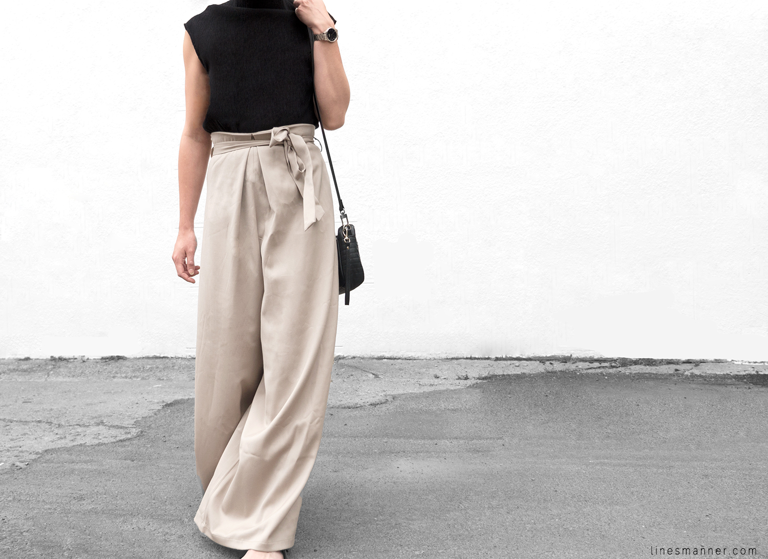 Lines-Manner-Neutrals-Quality-Lora_Gene-Wide_Leg_Pant-Modern-Sophistication-Tailored-Essentials-Details-Simplicity-Summer_vibes-Volume-Proportion-Flowy-3