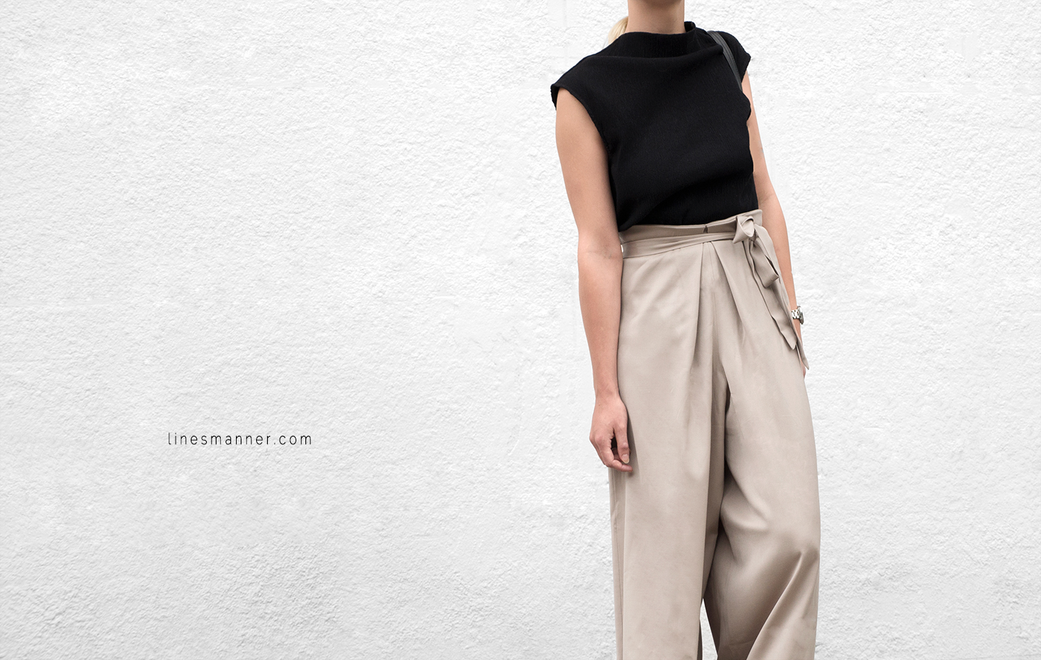 Lines-Manner-Neutrals-Quality-Lora_Gene-Wide_Leg_Pant-Modern-Sophistication-Tailored-Essentials-Details-Simplicity-Summer_vibes-Volume-Proportion-Flowy-7